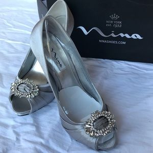Nina 'Elvira' grey satin heels 9M, peep toe, bride